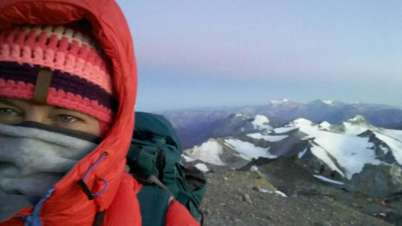 Milyen rádiót használnak Dél-Amerika egyik 6000m-es hegyén ?