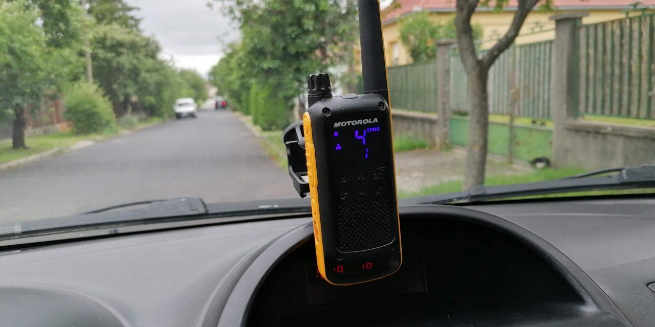 PMR1x1 Adóvevő használata autóban.