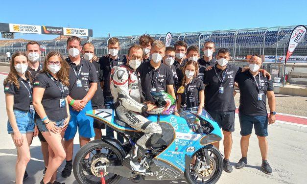 eChat támogatás a Kenji Racing Team részére
